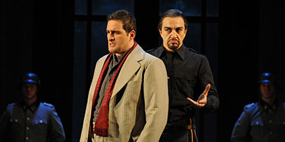Riccardo Massi as Cavaradossi and Claudio Sgura as Scarpia.