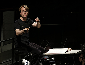 Pietari Inkinen conducts Opera Australia's 2016 production of The Ring Cycle. Photo by Jeff Busby 2016