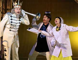 David Parkin (The King od Clubs), Rosario La Spina (The Prince) and Victoria Lambourn (Smeraldina) in Opera Australia's production of The Love for Three Oranges.