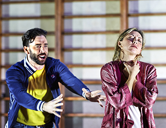 Samuel Dundas as Silvio and Anna Princeva as Nedda in Pagliacci. Photo by Keith Saunders