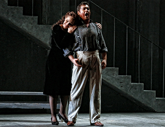 Ainhoa Arteta as Tosca and Teodor Ilincăi as Cavaradossi in Opera Australia's production of Tosca. Photo by Prudence Upton