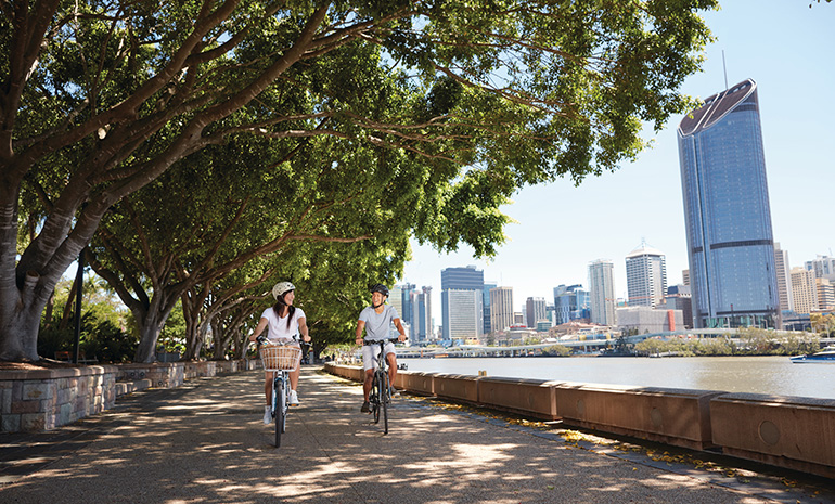 Bicycle ride along Brisbane River