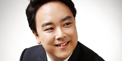 Ho-Yoon Chung