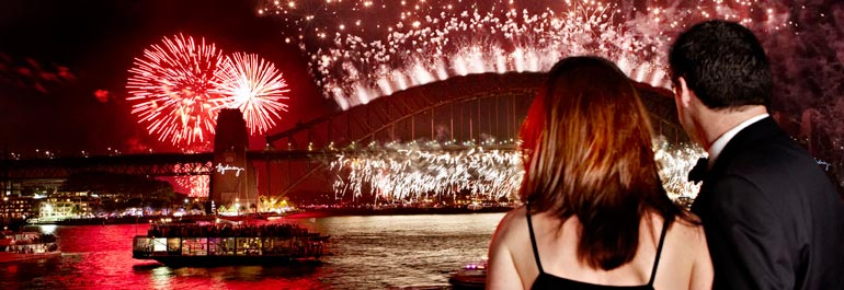 Feux d'artifice sur Harbour Bridge de Sydney